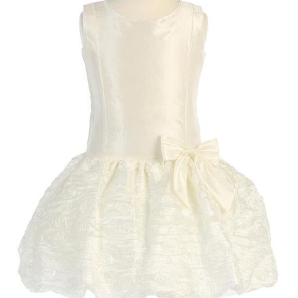 9e2dcba6d0677 Blossom by Lito Dresses | Nwt Girls Ivory Taffeta Drop Waist Dress ...